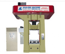 <b>电动螺旋压力机与曲柄式压力机有什么不同</b>